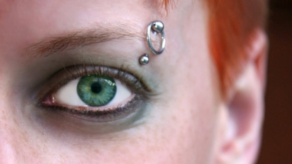 Really Cool and Stylish Eyebrow Piercing Ideas