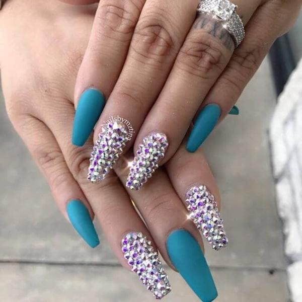 gorgeous-short-coffin-nail-designs