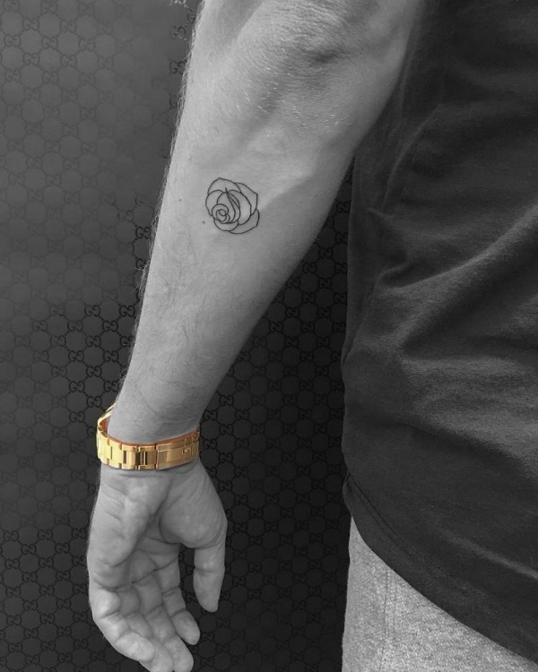 35 Meaningful Tiny Tattoos For Men To Get Inked Buzz Hippy